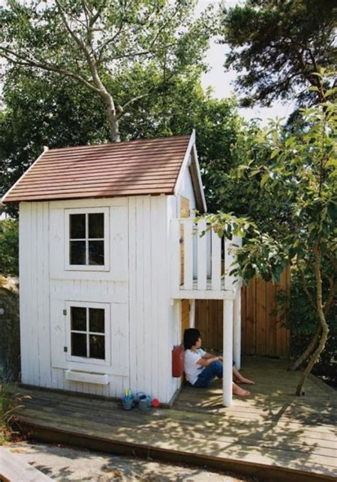 Backyard Playhouse Ideas 25 Best Outdoor Playhouses Ideas On