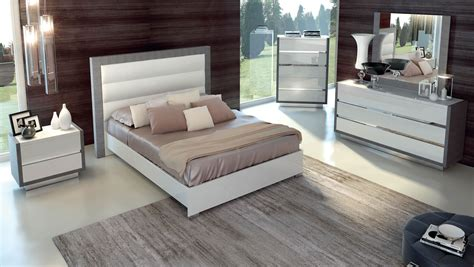 Italian Bedroom Furniture Modern Magno Modern Italian Bedroom Set N Modern Bedroom Modern Furniture