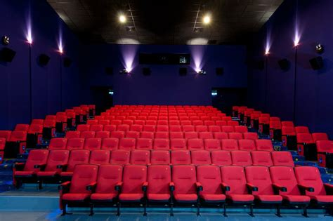 gold seats cinema 8 theatre classes in malaysia you should