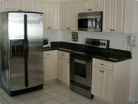 cost of refinishing kitchen cabinets kitchen makeover cost kitchen 25 best ideas about cabinet refacing cost on pinterest