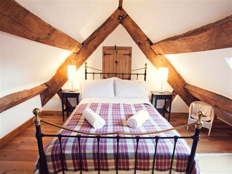 holiday cottages 6 bedrooms 6 bedroom cottage in hereford dog friendly cottage in hereford heart of england
