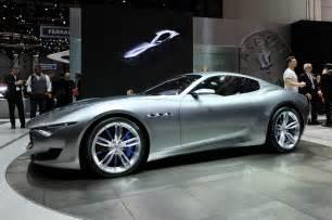 Maserati Alfieri Concept Maserati Alfieri Concept Show Floor Side View Photo 5