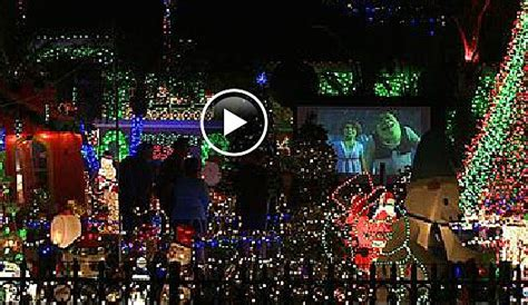 christmas light displays in florida massive christmas lights display has neighbors complaining