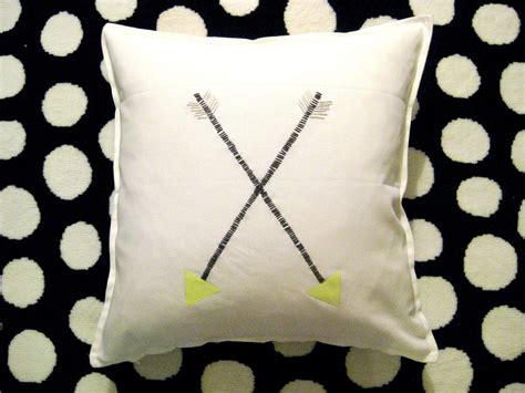 Pillow That Keeps Your Cool by Home Interior Design 2015 Pillows That Keep You Cool