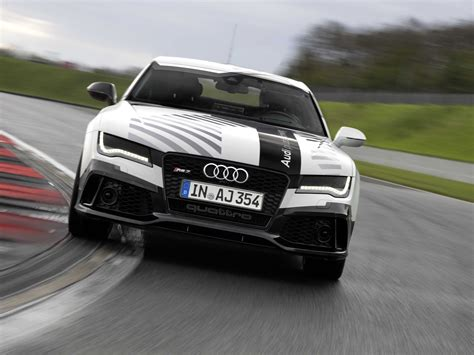 driverless audi audi rs7 driverless car hits the race track business insider