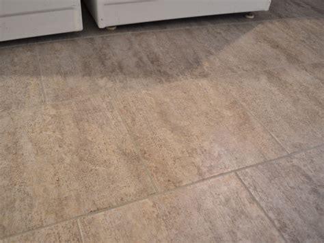 Bathroom Design: Interesting Interior Floor Design With