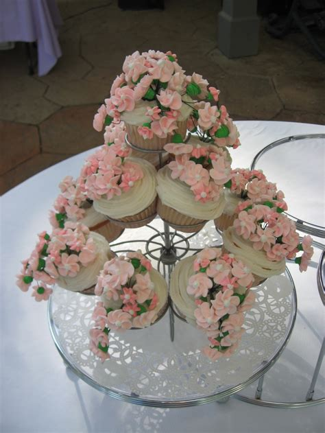 Cupcakes For Bridal Shower by Bridal Shower Cupcakes Bridal Shower