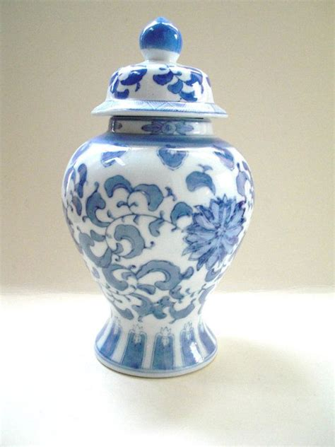 blue and white ginger jars chinoiserie blue and white ginger jar vintage