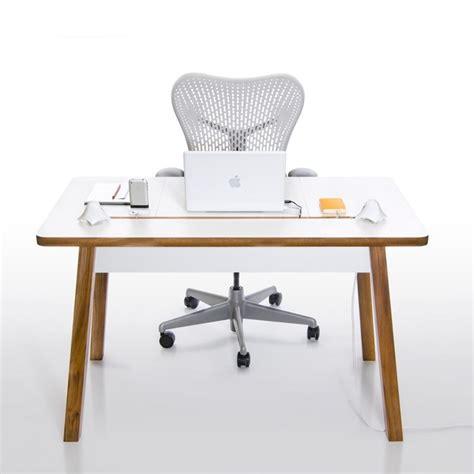 si鑒e ergonomique de bureau le bureau electro ergonomique studiodesk de bluelounge