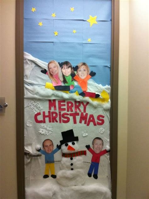 funny christmas contest pictures door decorating happy or hungry