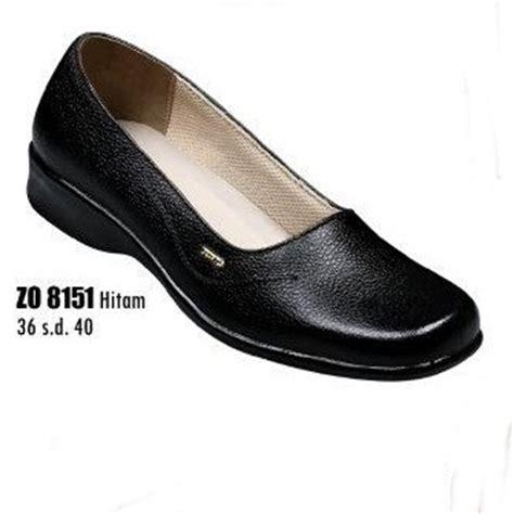 Sepatu Pantofel Wanita Di Bata sepatu kerja wanita zo 8151 sepatu pantofel