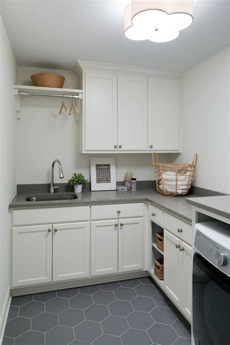Moen Quinn Kitchen Faucet by Open Concept Family Home Design Ideas Home Bunch