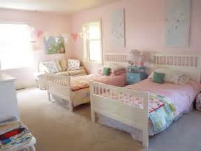 twin girls bed a shabby chic bedroom for twin girls ava s shabby chic