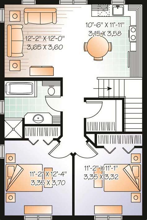 Garage w/Apartments Home Plan   2 Bedrms, 1 Baths   1042
