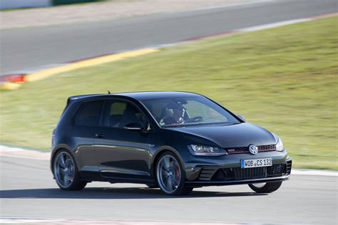 volkswagen golf gti 2015 black 2016 volkswagen golf gti clubsport review gtspirit