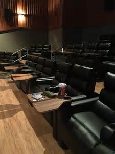 Regal Cinemas Recliner Seats by Regal Cinemas Bolingbrook Stepped It Up Recliners And