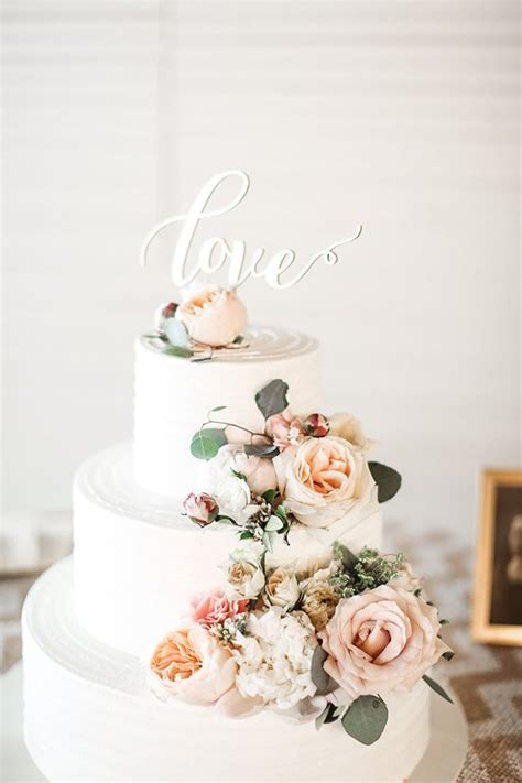 Flowers On Wedding Cakes by Fresh Flower Cake Toppers For Wedding Cakes Fresh Flowers