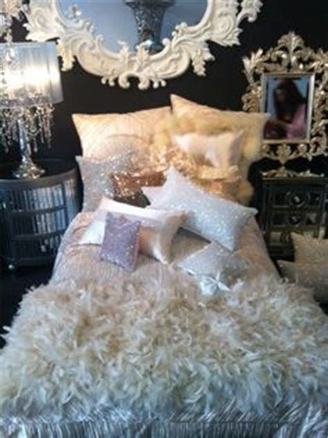 sparkly bedroom decor my girly home on pinterest pink kitchens shabby chic