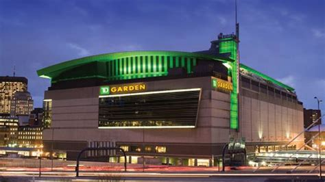 Restaurants Near Td Garden Boston by What To Eat At Td Garden Home Of The Celtics And Bruins