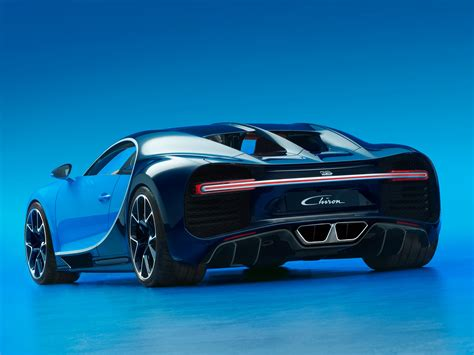latest bugatti bugatti s new 2 6 million chiron hypercar is here
