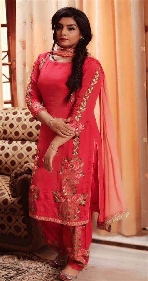 pin punjabi suits boutique punjabi suits boutique in chandigarh view pintrest dixna deol designs pinterest punjabi suits