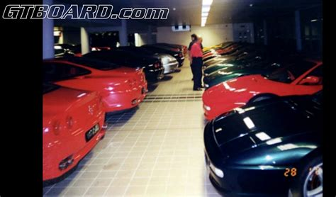 sultan hassanal bolkiah car collection sultan of brunei his 5 000 car collection autofluence