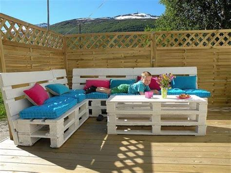 Wooden Patio Table And Chairs Top 20 Pallet Couch Ideas Diy Pallet Sofa Designs