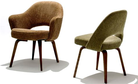 saarinen executive armchair wood legs saarinen executive arm chair with wood legs hivemodern com