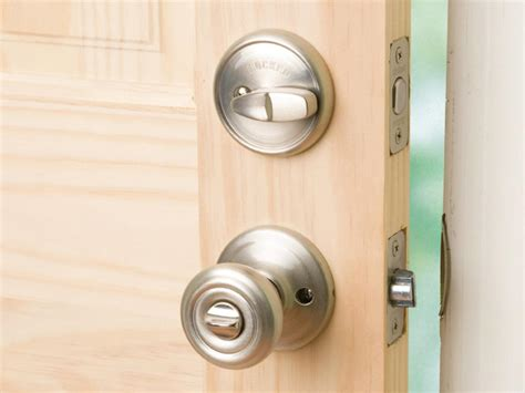 Install Front Door Lock How To Install A Deadbolt And Lockset How Tos Diy