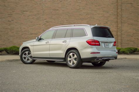 the 2017 mercedes gls450 provides normcore