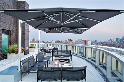 Sonnenschirm Dachterrasse Wind by Sonnenschirm F 252 R Balkon Und Terrasse L 246 Sungen