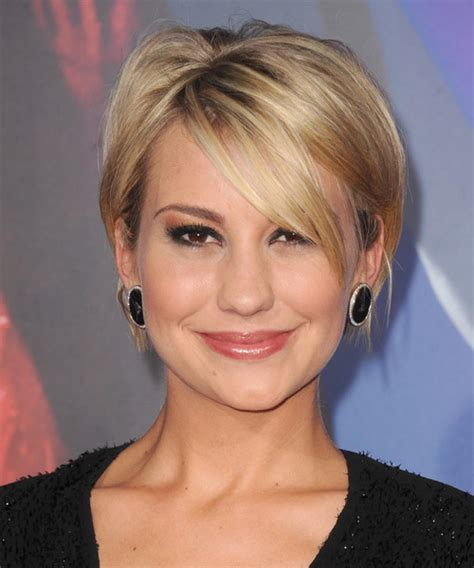 front view of side swept hairstyles chelsea kane short straight casual hairstyle with side