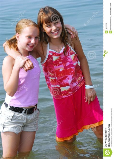 Two Preteen Girls Royalty Free Stock Photos Image