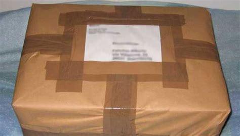 reclamo ufficio postale pacco troppo profumato i dipendenti delle poste fanno