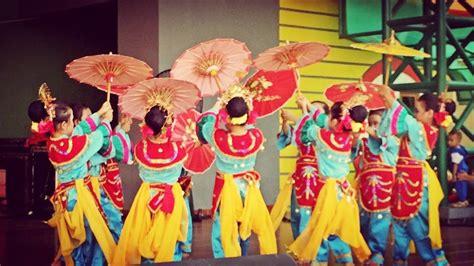 Payung Tari Brukat Hias Tradisional wonderful indonesia tari tradisional sumatera barat tari