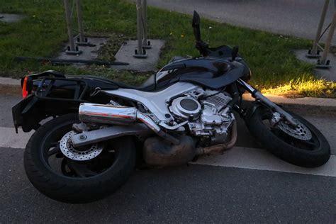A7 Motorradunfall by Bad Gr 246 Nenbach Motorradfahrer Kollidiert Mit Pkw