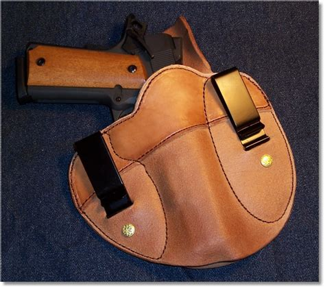 Rugged Holsters by Simply Rugged Cumberland Versa Clip Ii Holster Guntoters