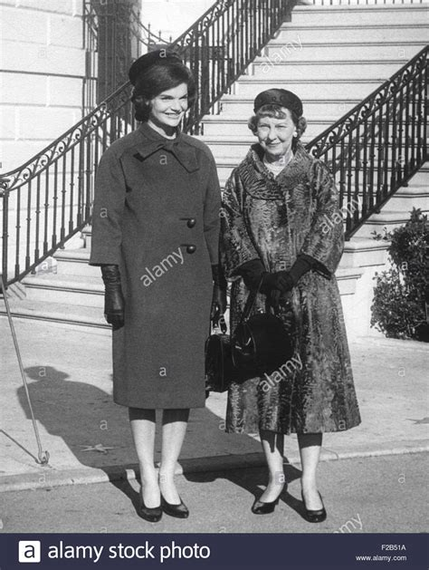 jackie kennedy white house mamie eisenhower and jacqueline kennedy after the future