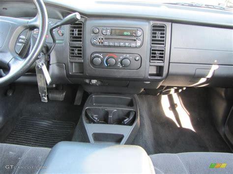 vehicle repair manual 2006 dodge dakota club instrument cluster service manual dash removal 2005 dodge dakota club how to remove 2005 dodge dakota club