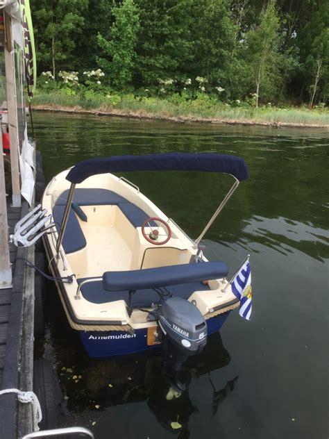 boot met stuur kopen motorboot 8px met stuur en zonnedak de arne