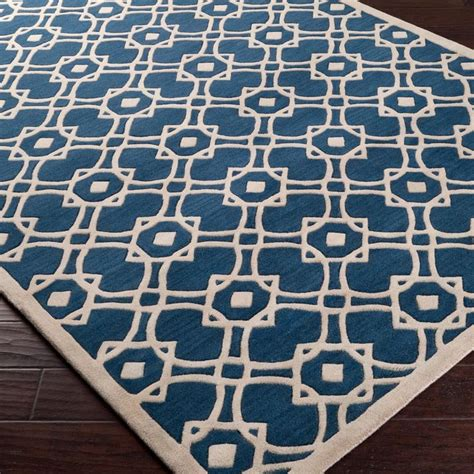 interlocking geometric shape rug available in 2 colors