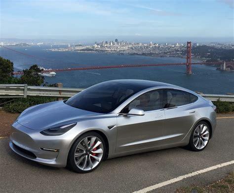 Bloomberg Tesla Tesla Leent 800 Miljoen Voor Ontwikkeling Model 3