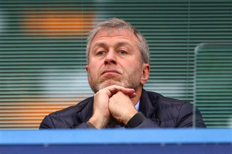 chelsea owner chelsea transfer news roman abramovich to give 163 130m to