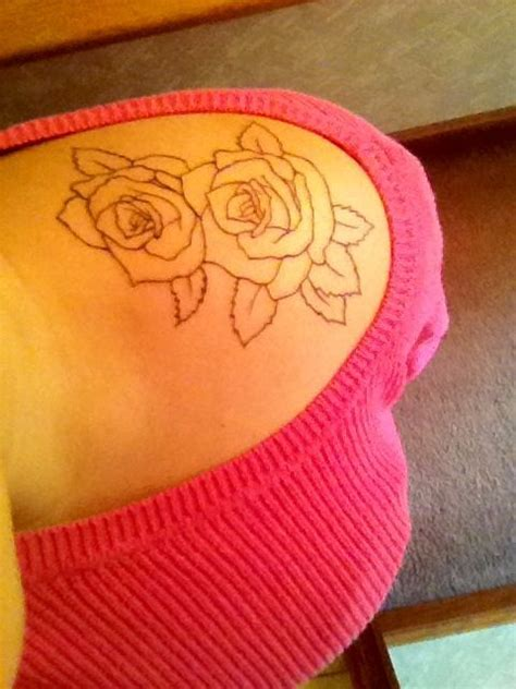 tattoo placement on shoulder roses stay beautiful shoulder tattoo placement ink