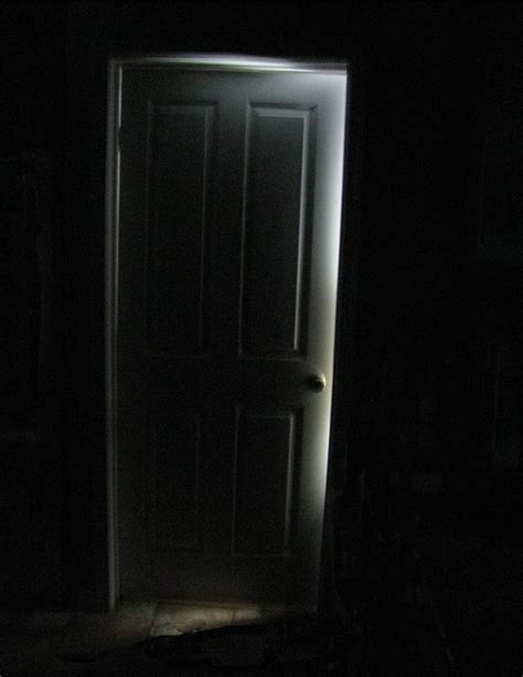 scary front door favorite creepypasta 71 knocking horror creepy