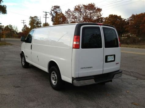 how cars run 2006 gmc savana cargo van transmission control sell used 2006 gmc savana 3500 base standard cargo van 3 door 6 6l duramax in muskegon michigan