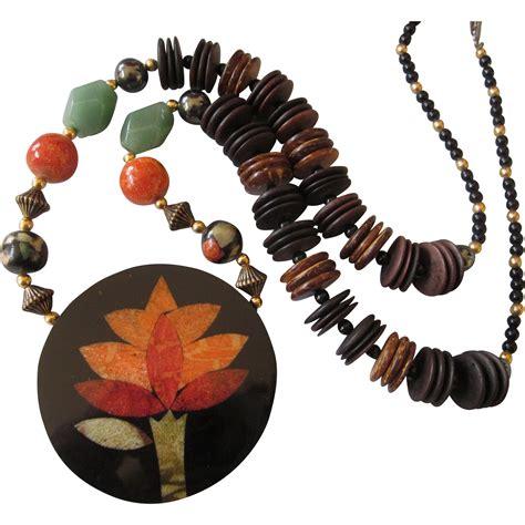 vintage laminate gemstone and wood bead pendant necklace