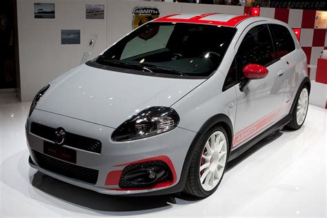 fiat abarth grande punto supersport images specifications  information