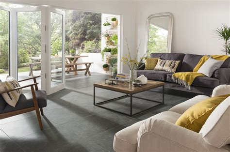 How To Lay A Rug In Living Room by From Carpet To Tile What You Need To When Picking