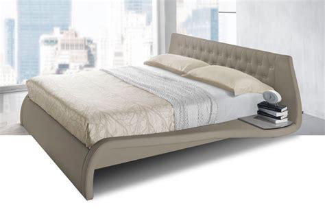 letto con comodini integrati letti contenitori con comodini offerte e sconti